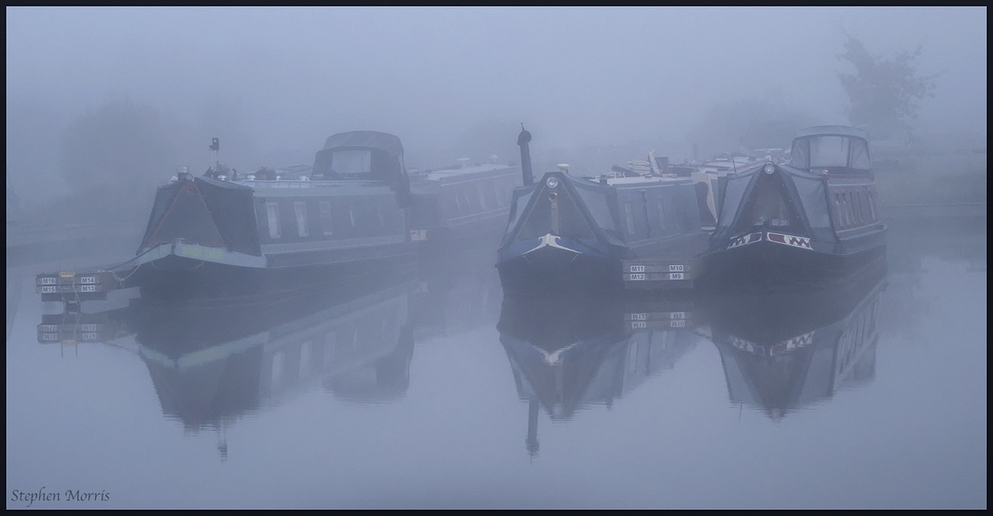 Sleeping Narrowboats.jpg