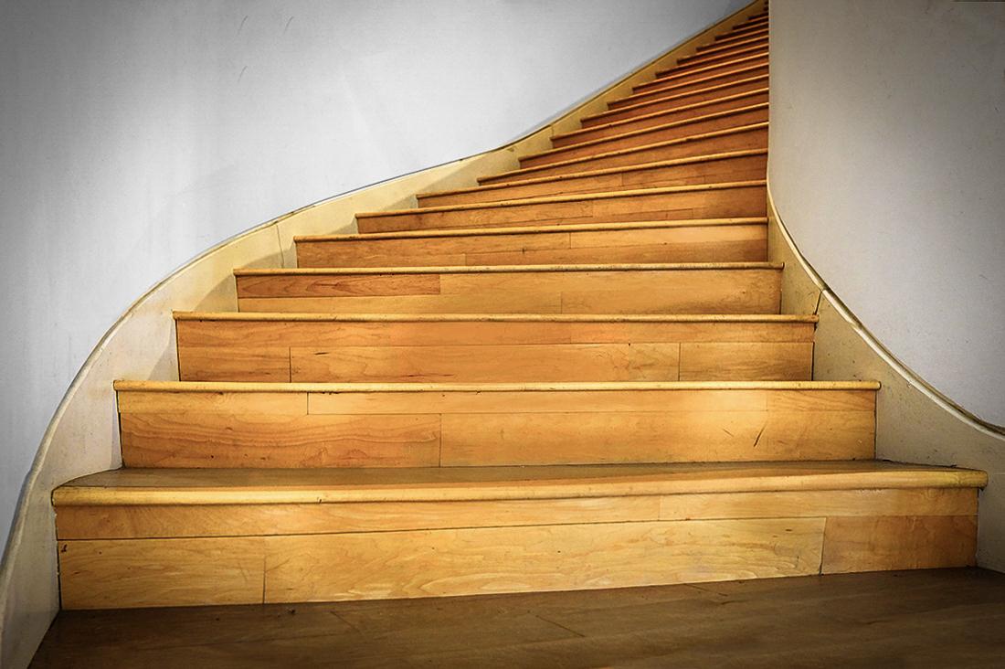 steps.jpg.df2d6dab209a35d9452c9817e0155012.jpg