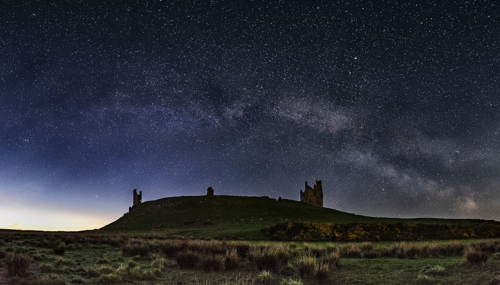 Dustanburgh Castle Pano FB.jpg