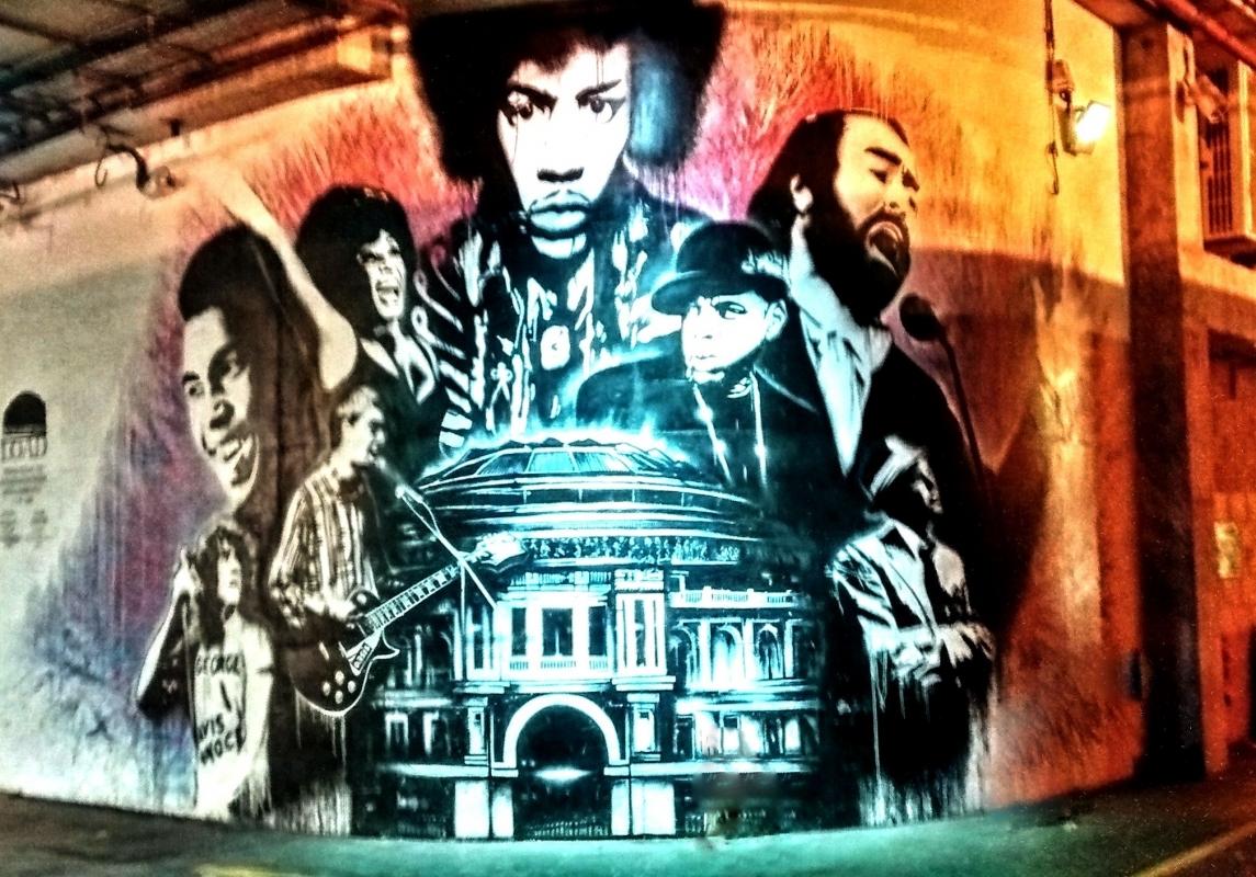 Albert Hall Graffiti.jpg
