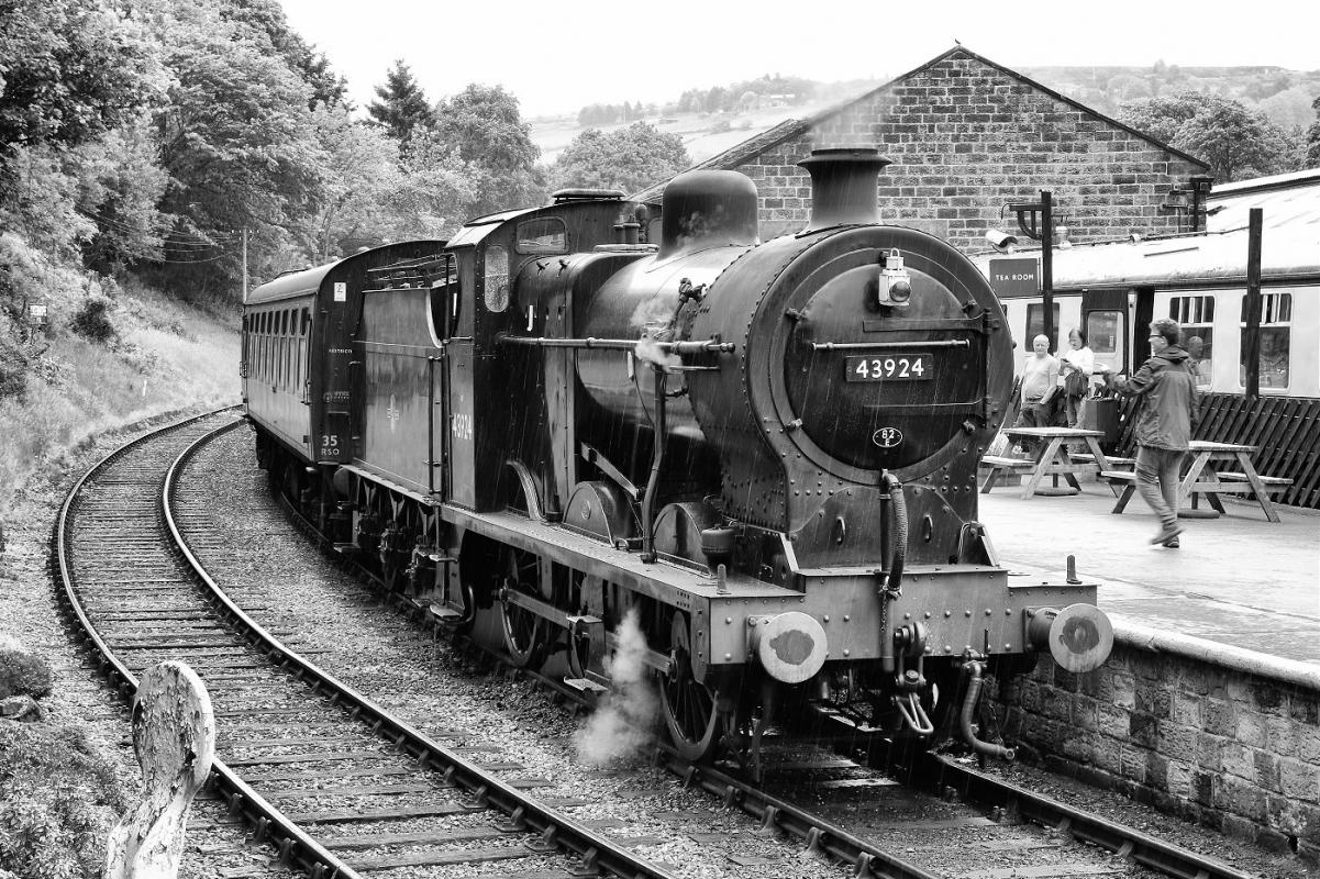 loco-43924-oxenhope-8450.jpg