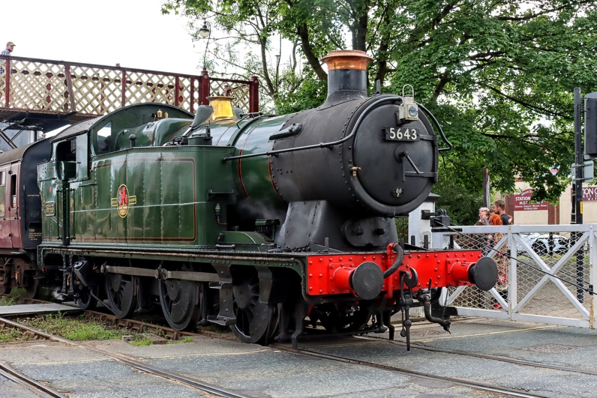 loco-5643-4445.jpg
